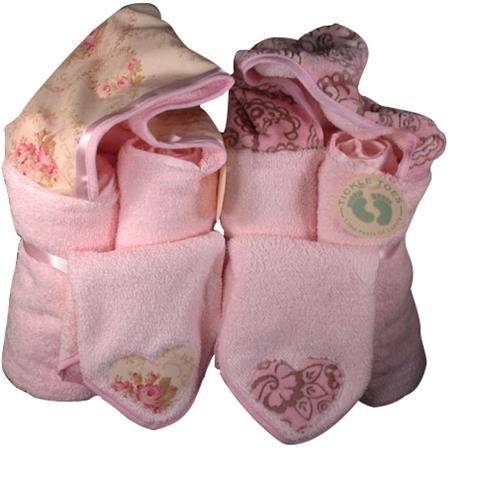 Tickle Toes Hooded Towels With Wash Cloths