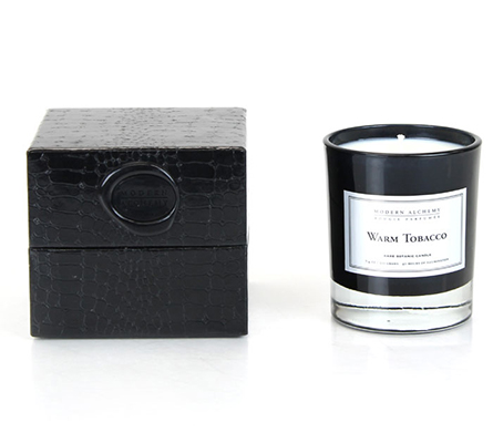 D.L. & Company Warm Tobacco Scented Candle