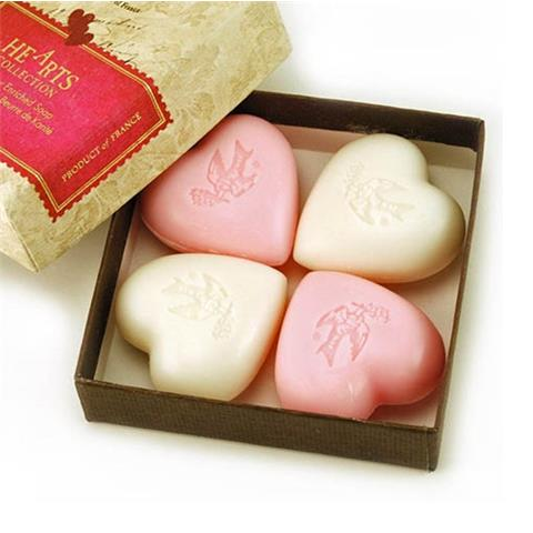 Pre de Provence Hearts Collection Gift Box Luxury Soaps 4 X 3.5oz