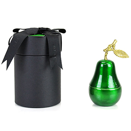 D.L. & Company La Poire Verte Candle - Medium Green Pear